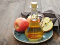 Apple cider vinegar. Is it a good alternative to antiperspirant?